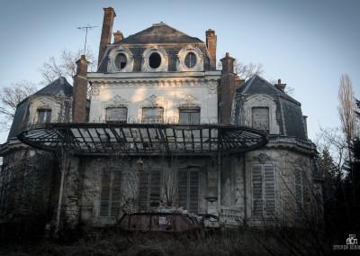 Chateau Verdure-1